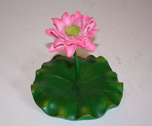 FLOATING-PINK-LOTUS-FLOWER-amp-LEAF-GARDEN-ORNAMENT-POND-GIFT-ASIAN-FLOWER