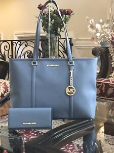 Dettagli su NWT Michael Kors LG MF TZ Tote Leather Travel & Carryall Shoulder bag+Wallet set