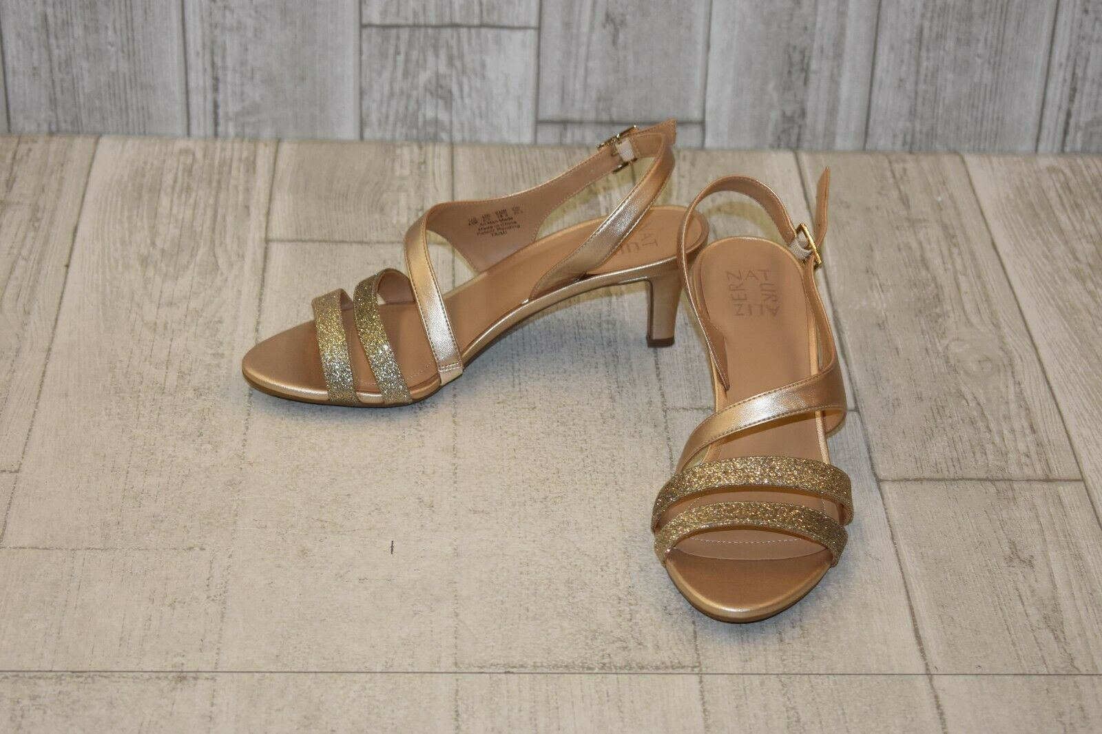 Naturalizer Taimi Heels - Women's Size 8.5 M - gold Pearl NEW