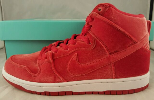 wholesale dealer 67473 6a52f Nike SB Dunk High Premium  Red Velvet  Men s Skateboarding Shoe DEAD ...