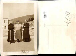 435555-Puglia-Foggia-San-Giovanni-Rotondo-Priester-Moench