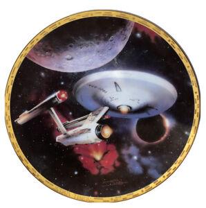 Star Trek The Voyagers USS Enterprise NCC-1701 The Hamilton Collection