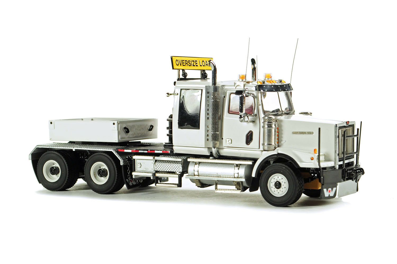 Nuevo WSI 34-2004 Western Estrella 4964SX-1 pesado tractor con caja de lastre blancoo 1 50 Menta en caja