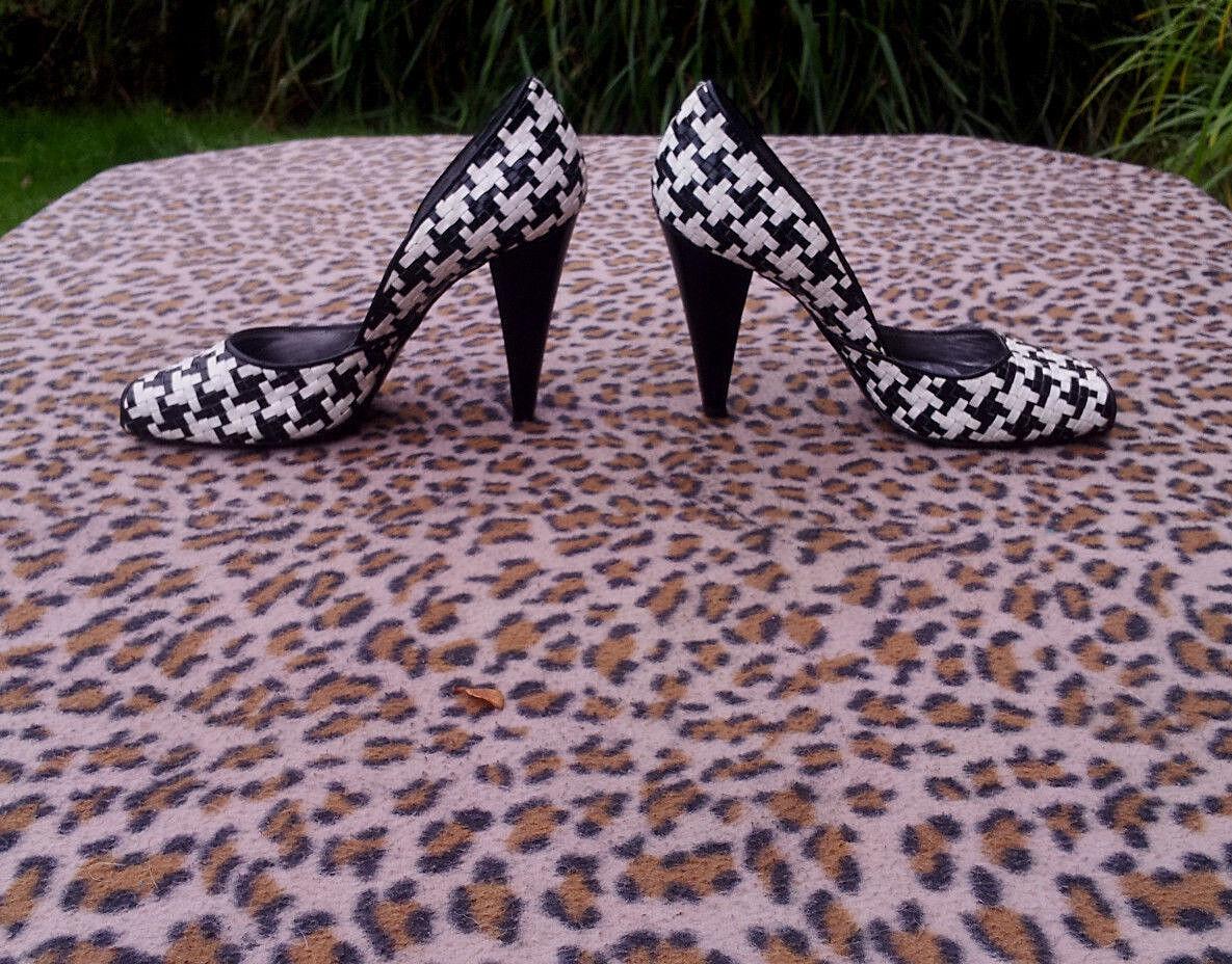 Emanuela Passeri schwarz and and and Weiß high heeled Peep Toe schuhe UK Größe 4 EU 37 c1a557