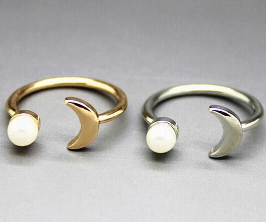 1pc Size 7 Korea Vogue Simple Moon Design Pearl Alloy Unisex Open Ring 2 Color
