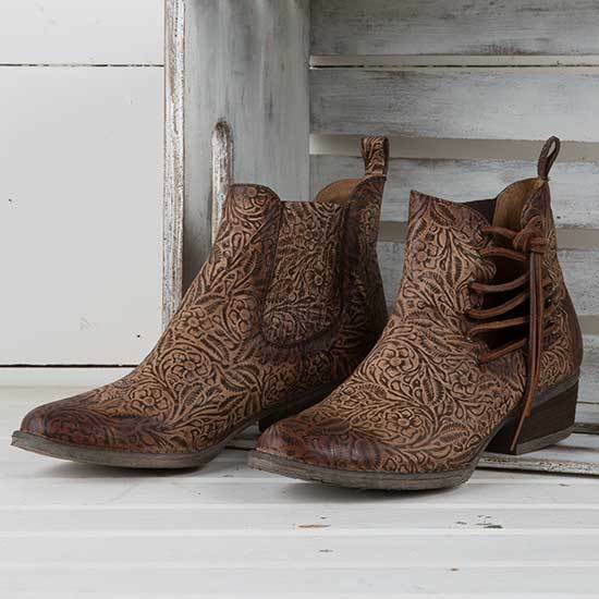 Gentleman/Lady Circle G Brown Engraved Bootie Online Shopping Trendy At an affordable price
