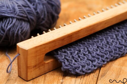 Wooden Knitting Loom Fine Gage Board with Loom Hook /& Needle 30 40 62 102 Pins
