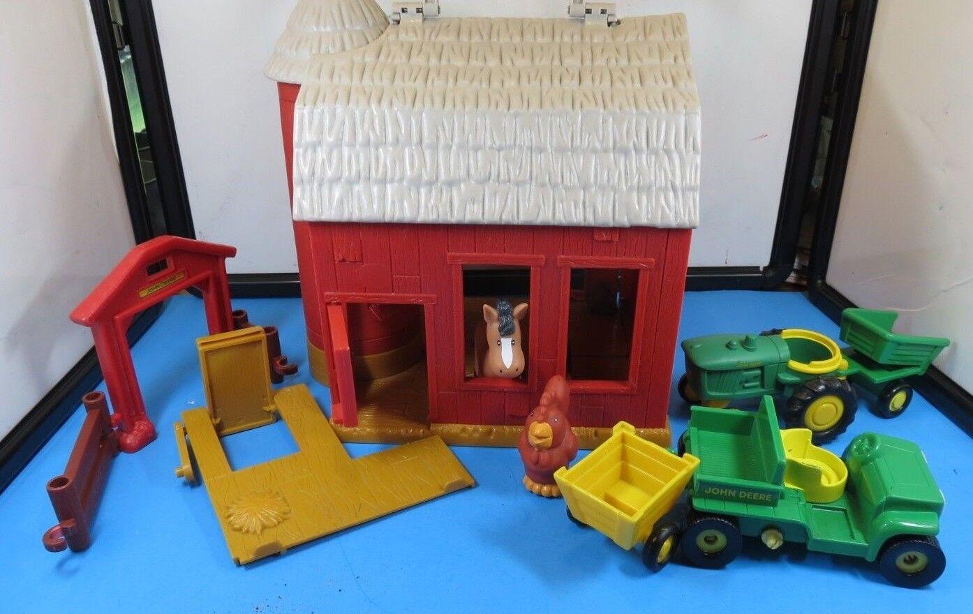 VINTAGE  JOHN DEERE  BIG RED BARN SYSTEM   PLAYSET  BARN, TRACTORS & ANIMALS