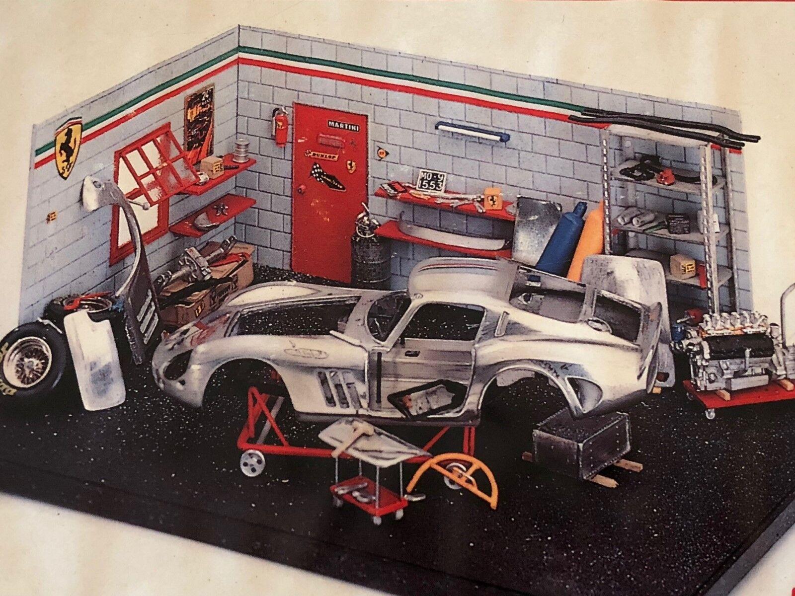 Exoto Estudio Artistique Built el Ferrari Gto en el Garaje 1 43 Maqueta