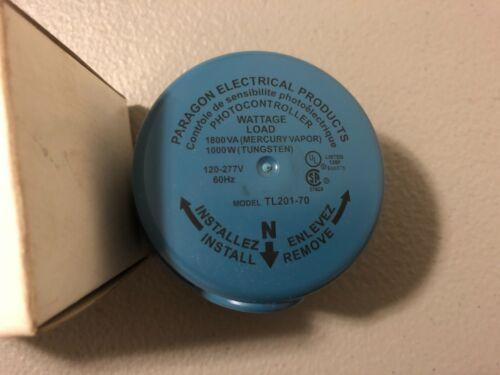 NEW IN BOX PARAGON TWIST LOCK PHOTO CONTROL TL201-70