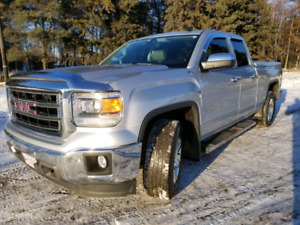 REDUCED again!obo 2014 GMC Sierra 1500 SLT Z71 Loaded, low km's