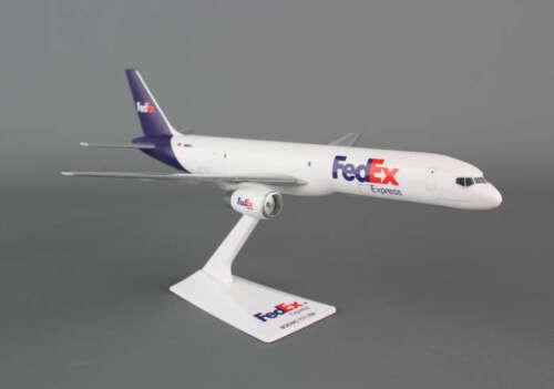 Flight Miniatures Fedex Boeing 757 Desk Top Federal Express 1//200 Model Airplane