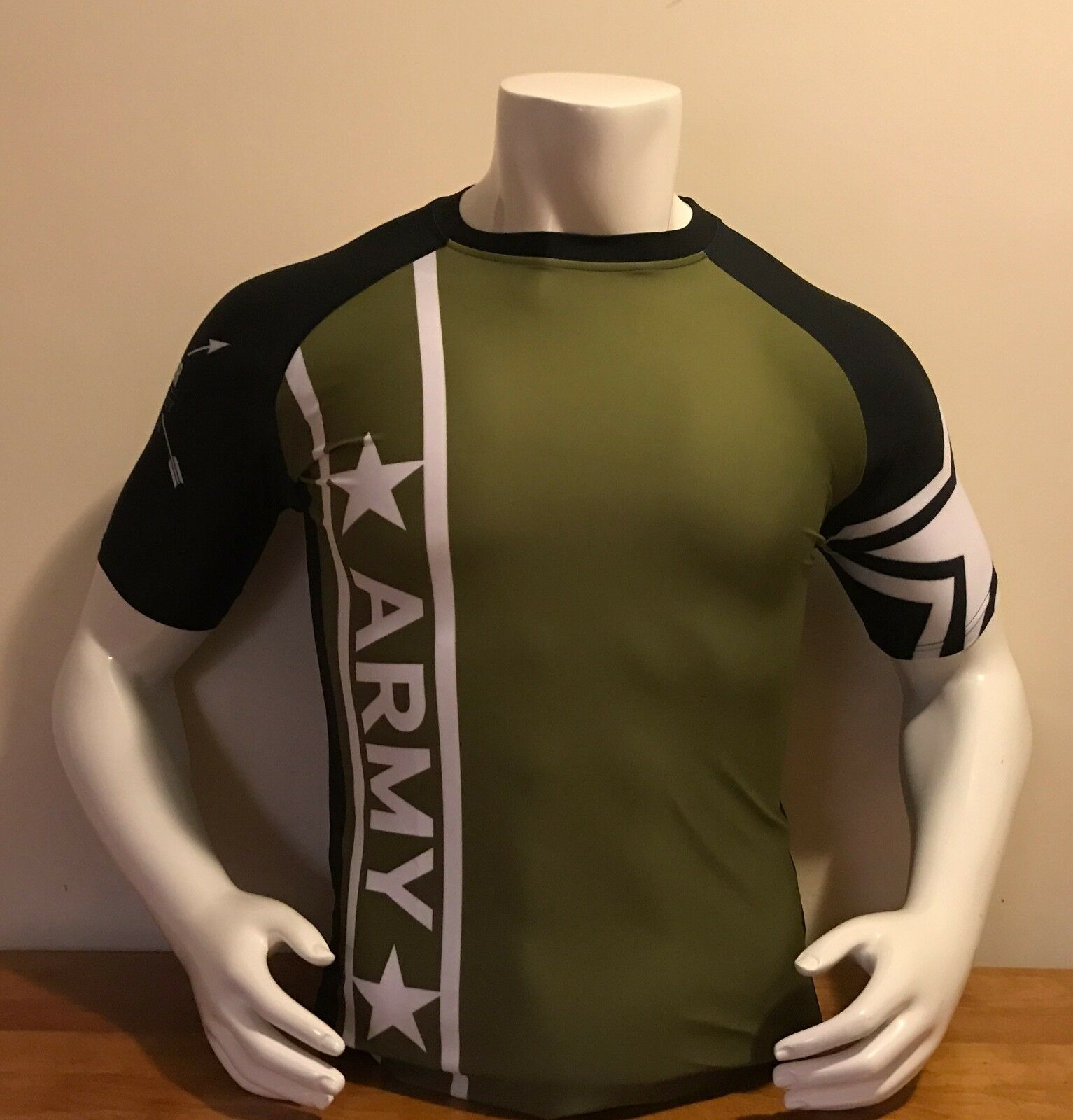 ARMY Rash Guard  for Martial Arts, MMA, BJJ, Jiu Jitsu, running- Limited Edition  not to be missed!