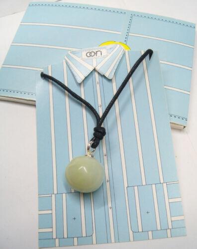 Ciondolo con sfera in GIADA naturale e girocollo in cordoncino Pietra Dura