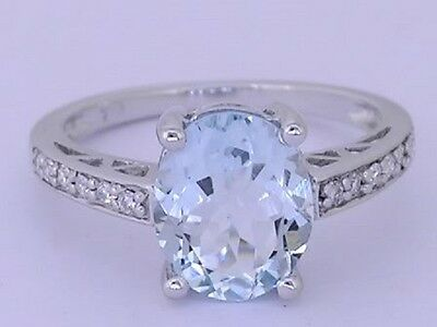 R169 - Gorgeous 9ct Solid White Gold NATURAL Aquamarine & Diamond Ring size M