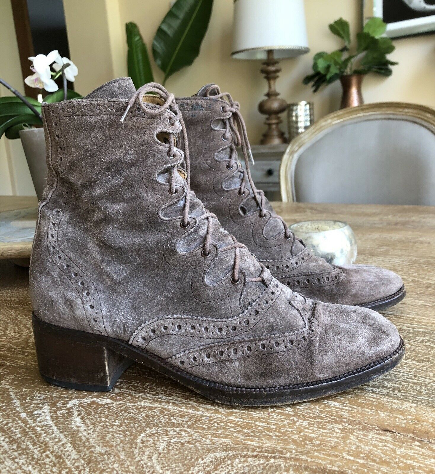 FREE LANCE Paris Oxford Steampunk Lace Up Granny Boots Ankle Booties 7.5 38