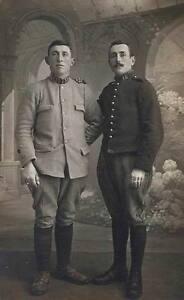 PHOTOCARTE 14-18:FRERES SOLDATS FRANCAIS - France - Type: Carte postale Caractéristiques: Noir et blanc Origine: France Période: De 1914 1918 Thme: Guerre, Militaire - France