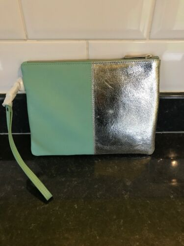 Make up bag Oasis Leather Clutch pouch wristlet bag green// silver Gift strap