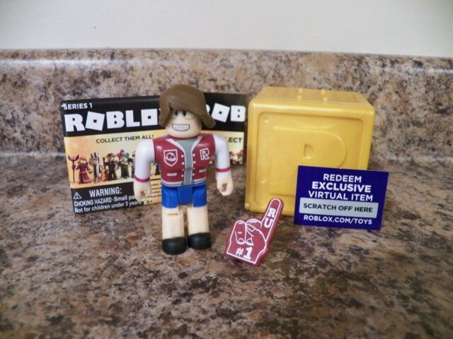 Roblox Rockstar Celebrity Gold Series 1 Mystery 3 Toys - Bloggin All Cats Roblox Celebrity Series 1 Gold With Virtual Code
