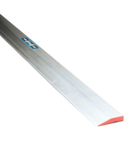 Aluminium Builders Feather Edge Profil 18 in Longueur NP-PF46 Plâtrage Outils environ 45.72 cm