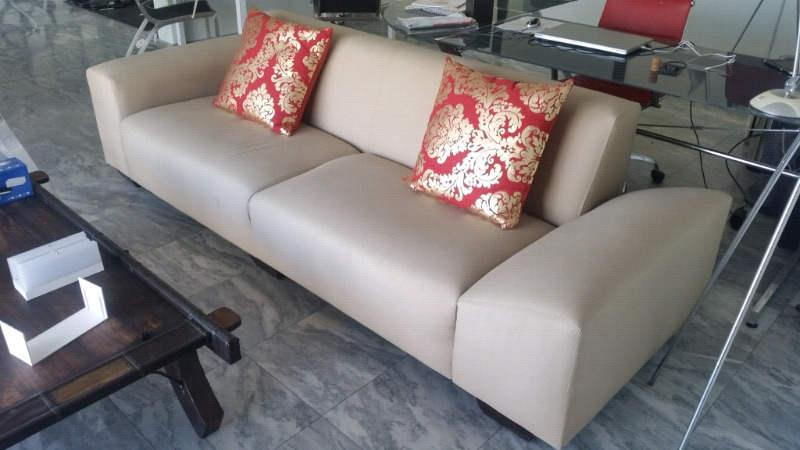 4 seater couch