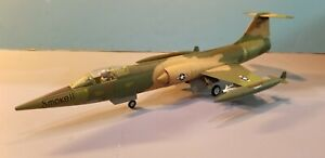 """ARMOUR (98126) US AIR FORCE F-104C """"STARFIGHTER"""" 1:48 SCALE DIECAST MODEL"""