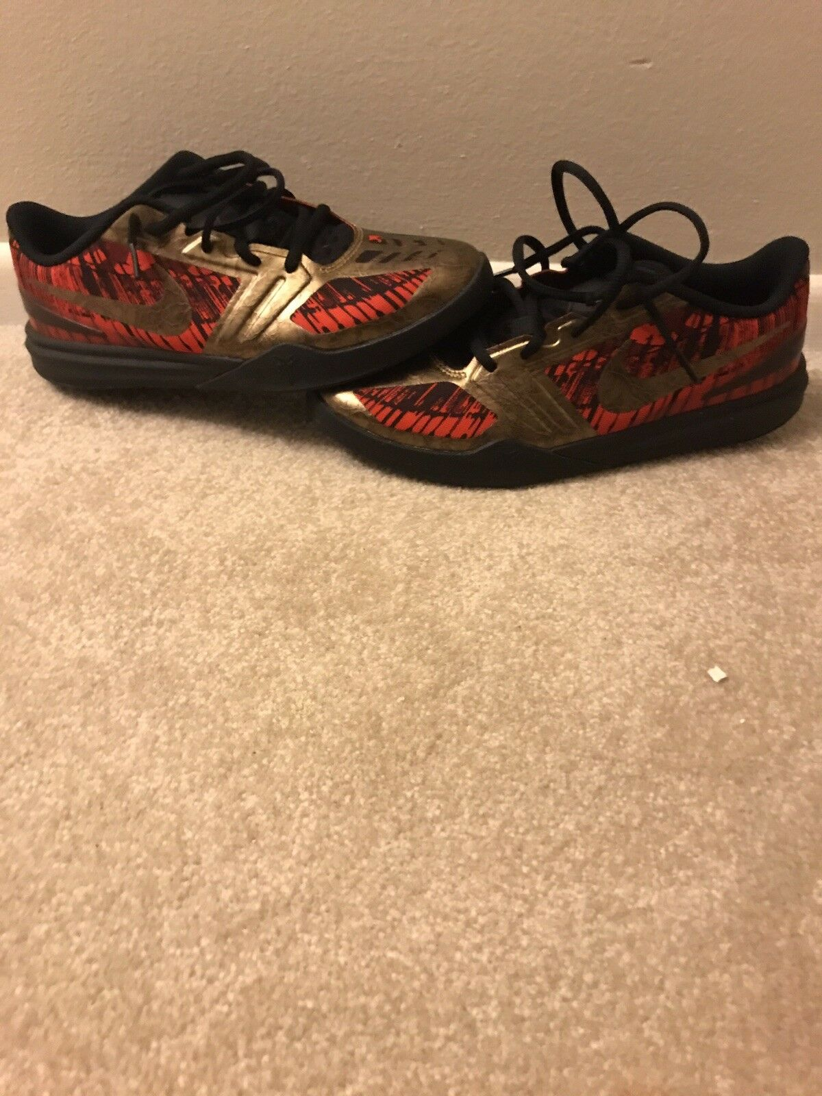 New shoes for men and women, limited time discount NIKE KOBE  BLACK/RED/GOLD YOUTH SIZE 7 IN GREAT CONDITION