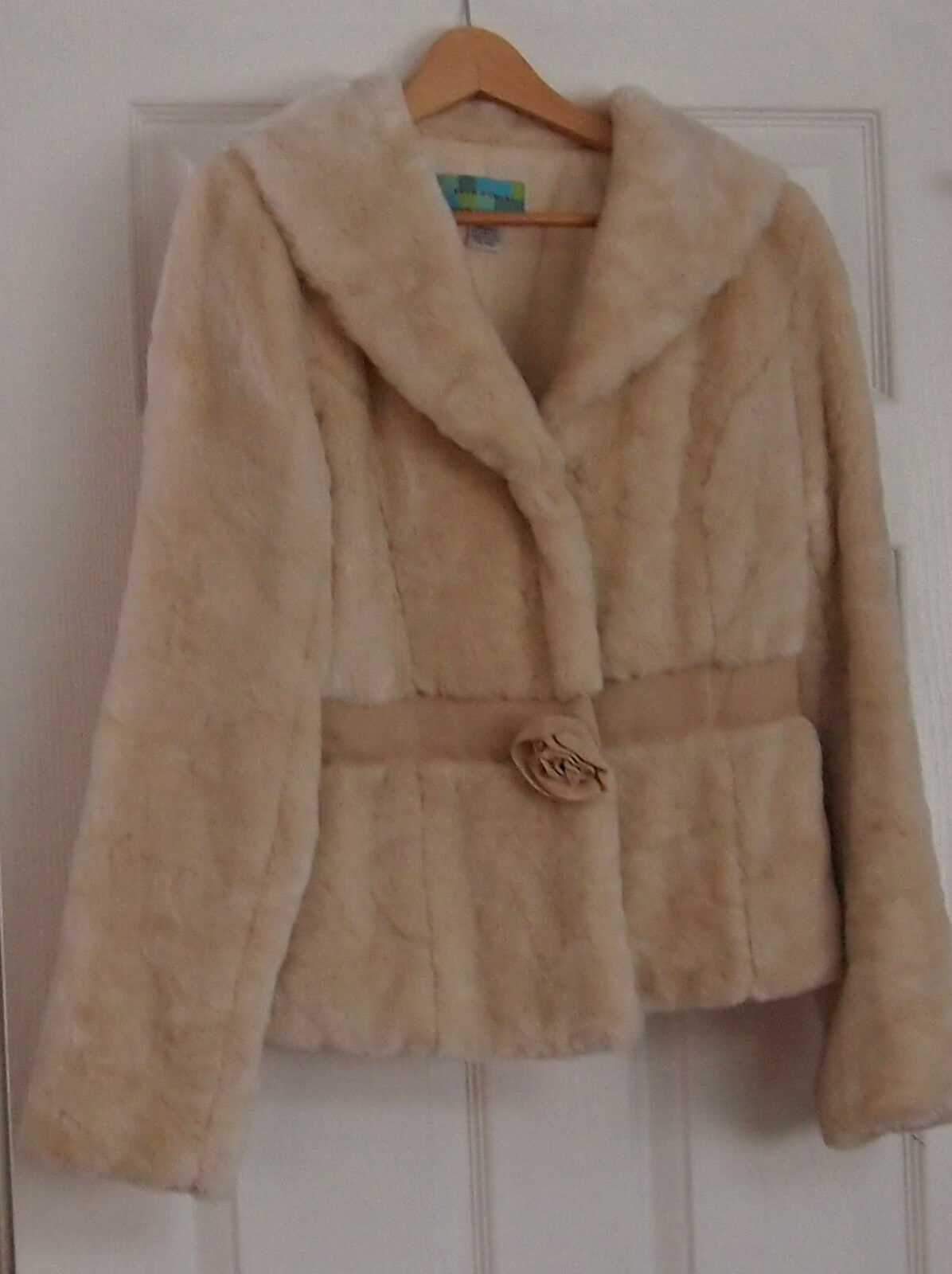 Off White Faux Fur Coat By Beth Bowley Size M