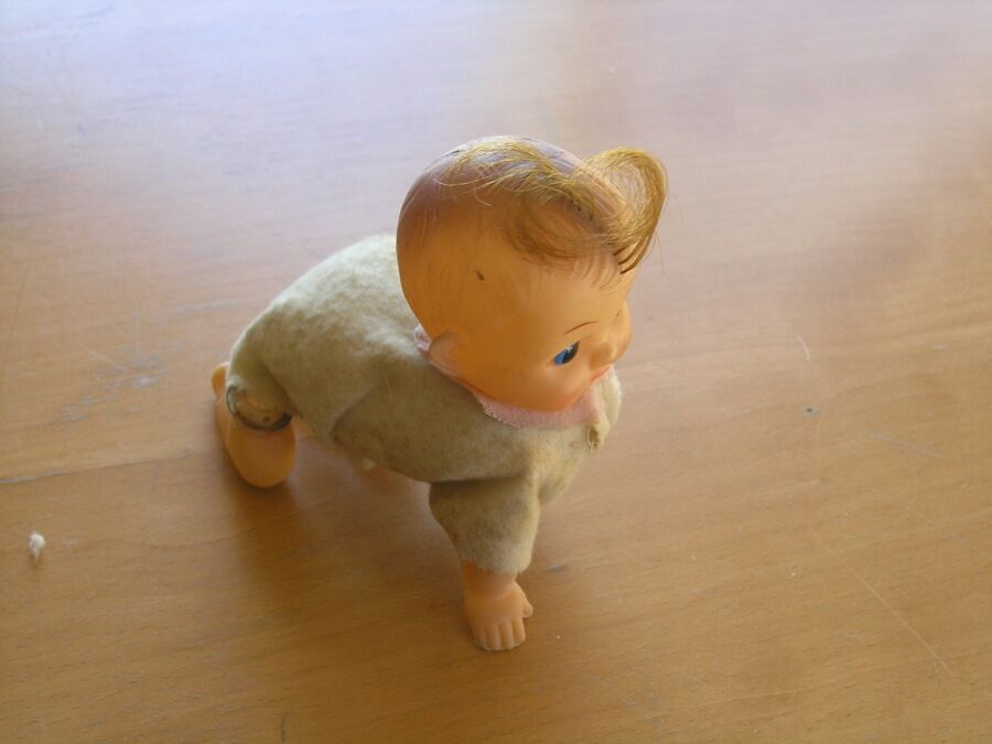 Vintage Working Wind Up Crawling Baby Doll Tin & Soft Plastic Rubber Toy Hair