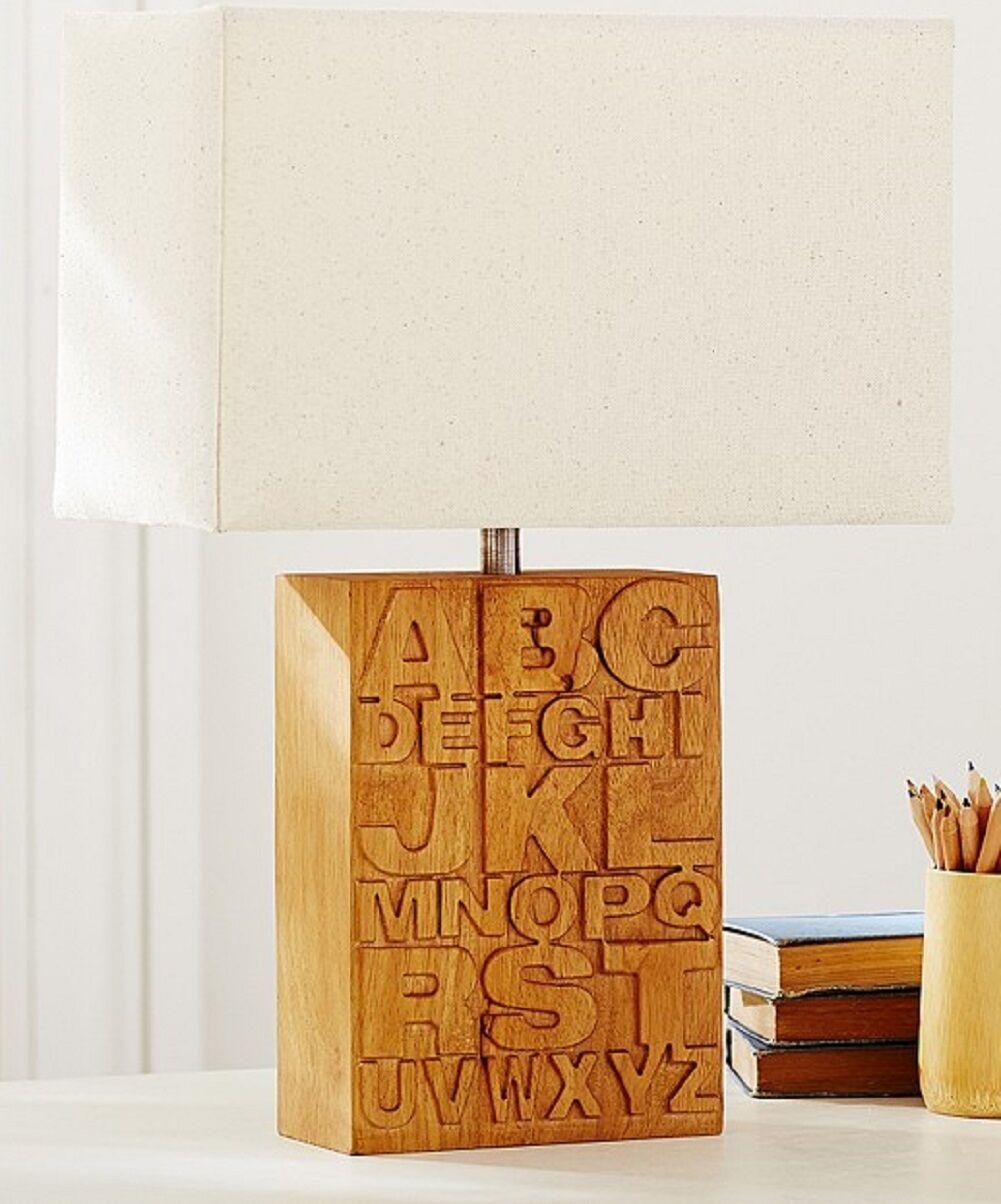 POTTERY BARN BABY Kids complet Alphabet Bois Base Lampe de table + nuances ABCs NEW IN BOX