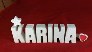 Beton-Steinguss-Buchstaben-3D-Deko-Namen-KARINA-als-Geschenk-verpackt