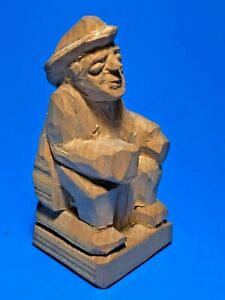 Vtg-50-039-s-Hand-Carved-Wood-Figurine-Old-Fisherman-Sitting-USA-VT-Artist-R-Thayer