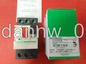 1PC New In Box Schneider TSXDEZ32D2
