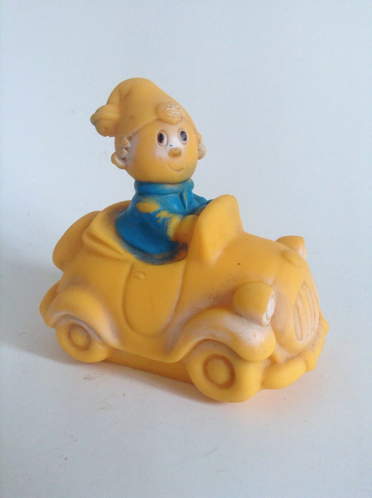 TRES RARE figurine Pouet Oui Oui Made In Ireland BON ETAT