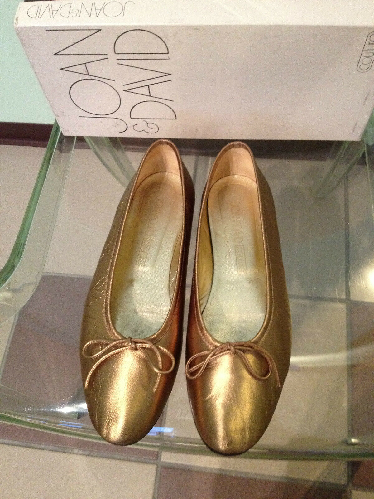 Giovanna femminile David Couture Bronze Lame Leather Ballet Flats  with Bow Dimensione 7  presa di marca