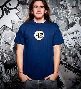 J-NX-Classics-T-Shirt-42-Gr-M-Per-Anhalter-durch-die-Galaxis