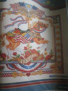 """"""" 4th Juillet Carousel """"carousel Horse Cross Stitch Chart (uniquement)-afficher Le Titre D'origine"""