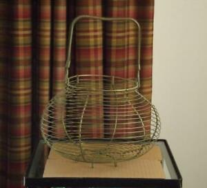 "French Wire Egg Basket Coiled Handle 10.5"" Wide 13"" Tall 6 Feet EXC"
