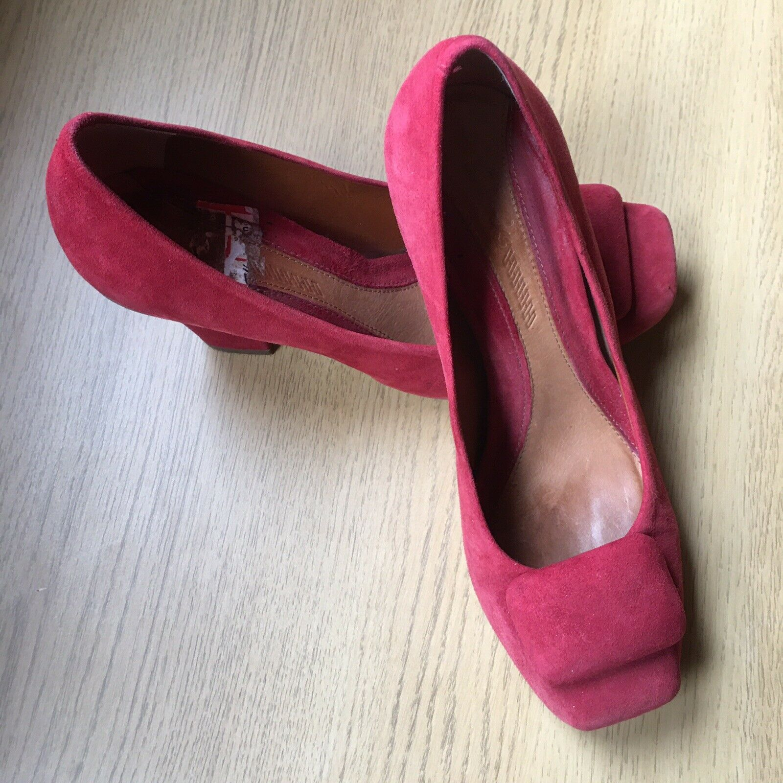 """CLARKS UK 5.5 Orangey Red Suede Court Shoes Square Toes 3"""" Heels"""