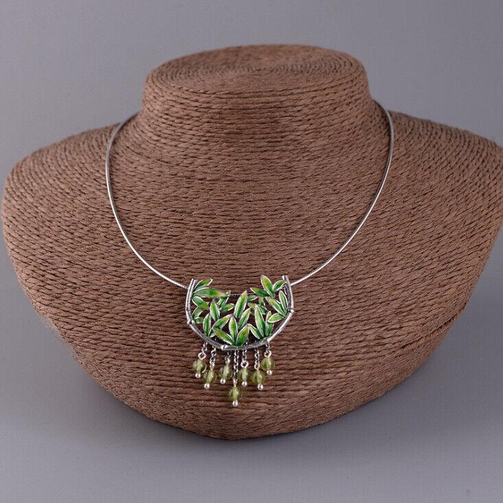 F05 Anhänger mit Kette aus silver 925 Bambus Blätter green Cloisonne Peridot