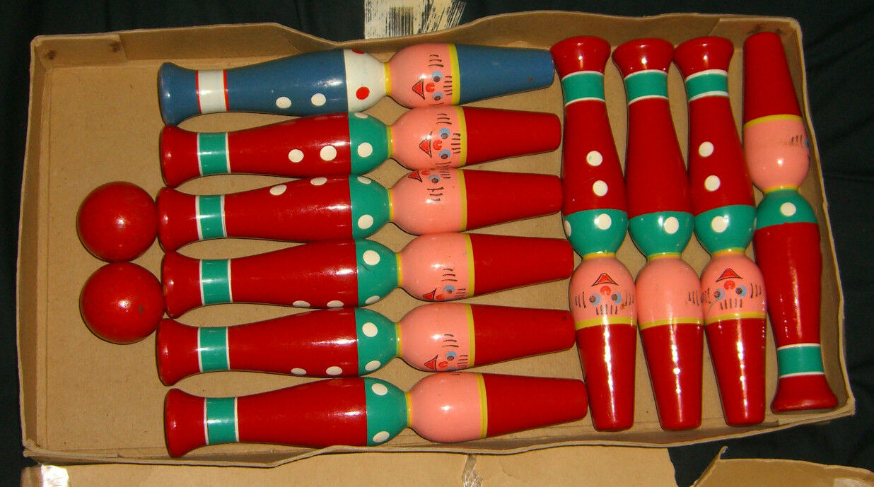 VINTAGE WOOD BOWLING GAME DISCOVERY PLAYTHINGS MADE IN W WESTERN GERMANY RARE
