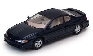 Chevrolet Monte Carlo Ss 2000 Bleu Foncé 1:18 Modèle 1986 Sun Star