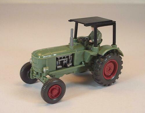 383 Deutz Schlepper Traktor Trecker in resedagrün mit Dach #4854 Wiking 1//87 Nr