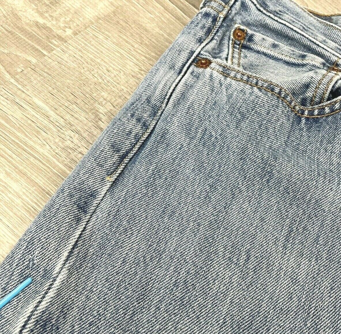 Levis 501 Jeans Mens Distressed Worn In MEASURES … - image 8