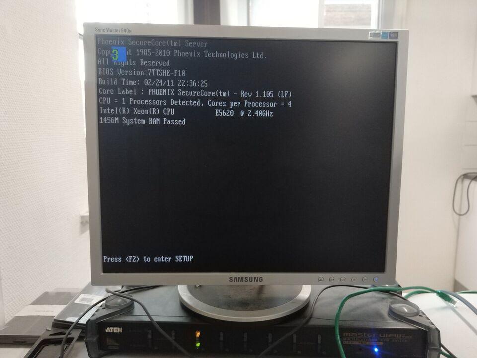 Andet mærke, Hitachi Compute Rack 220, 2.4 Ghz