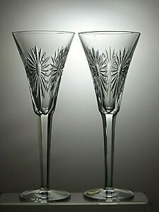 WATERFORD-CRYSTAL-2-flutes-a-champagne-du-millenaire-serie-034-Sante-034