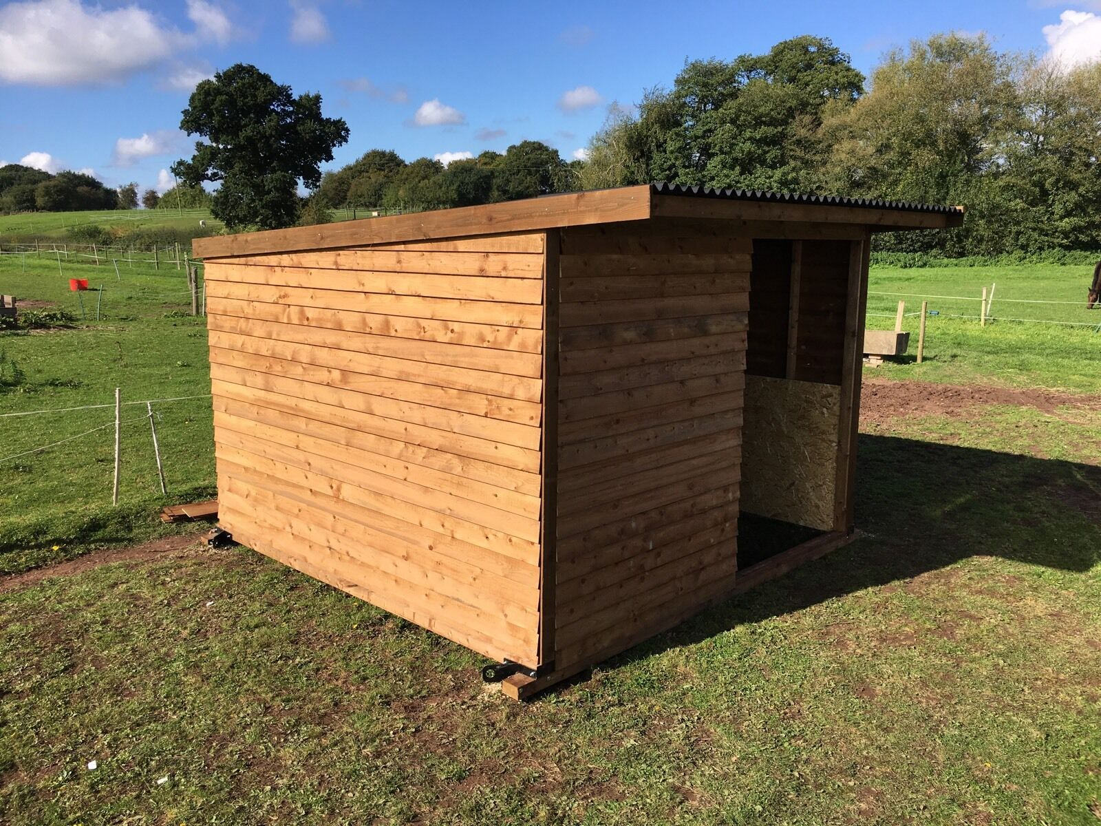 Horse Field Shelter 12x12ft Delivery & Erection Available sheep Cows