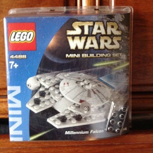 LEGO Star Wars Millennium Falcon Mini Building Set 4488 - New and UNOPENED