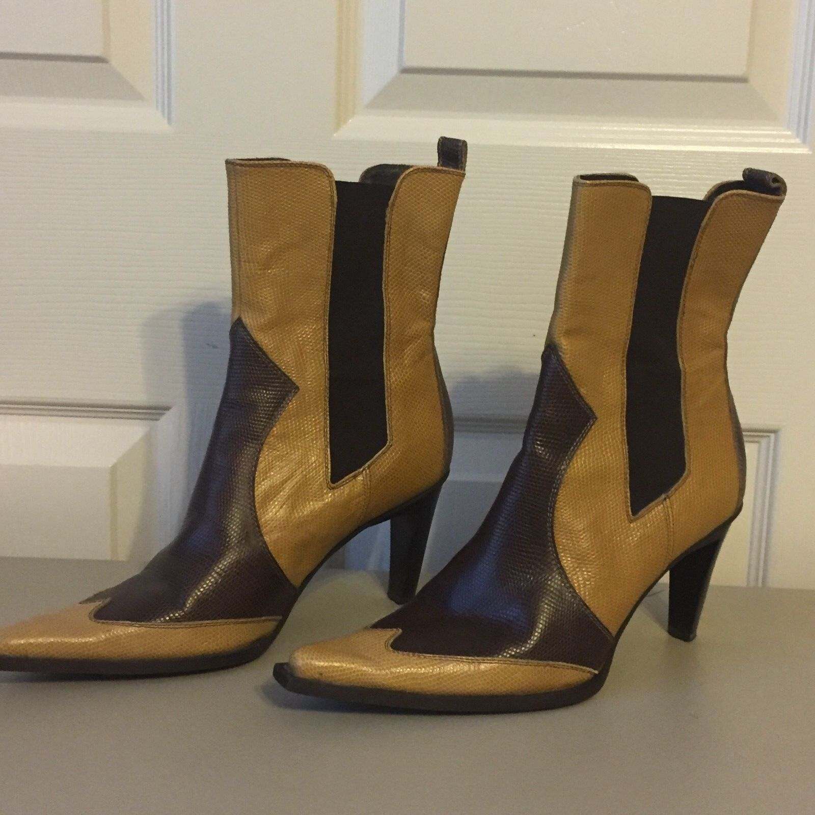BEBE Two-Tone Bootie Ankle Boot, Sz 8 ( 175 new)
