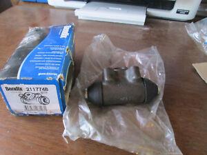 Cylindre-frein-de-roue-droit-309-504-505-R9-R11-R18-Fuego-super5-BENDIX-211774B
